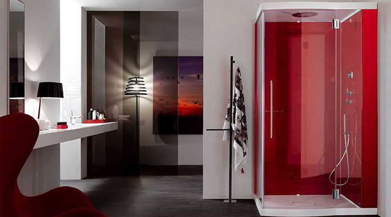 Shower walls in gloss acrylic